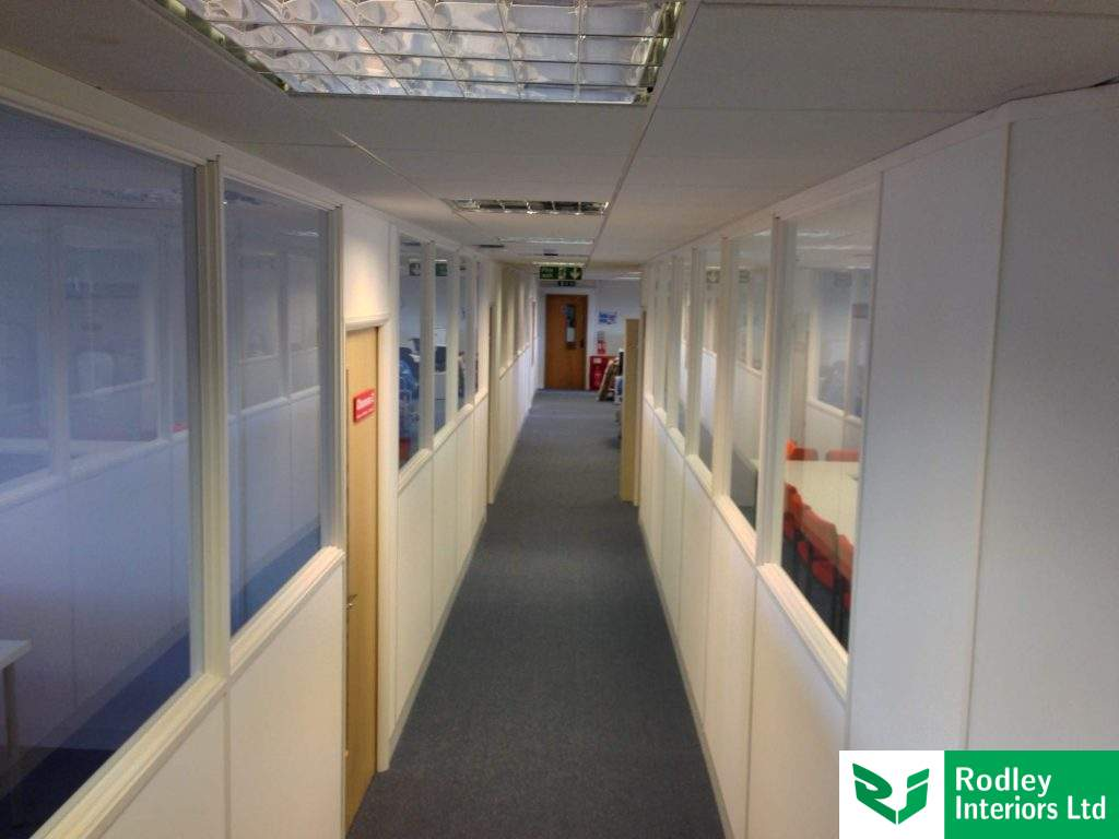 Solid / Glass office partitioning