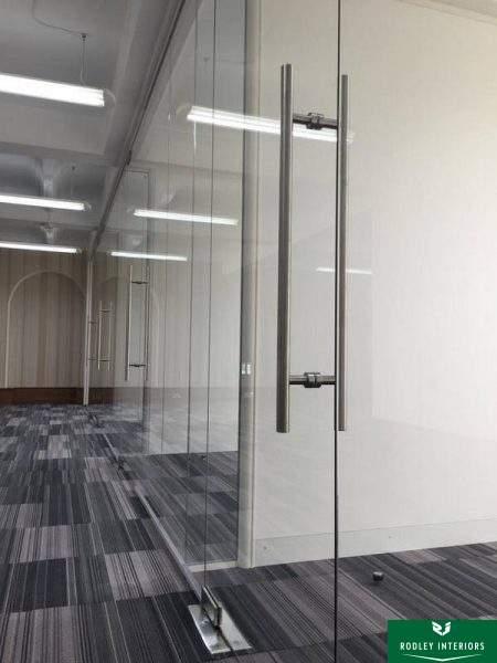 Frameless glass office suites in Leeds