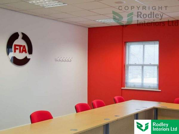 Large feature wall to the Meeting room area