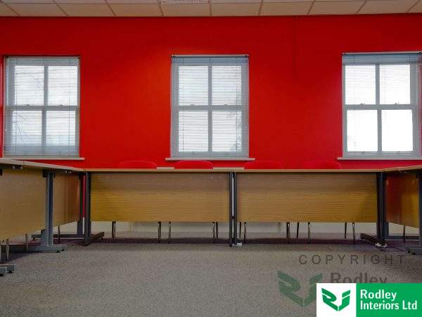 Meeting room/ Conference area