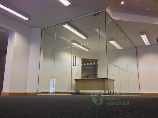 Frameless glazed partitions in Leeds