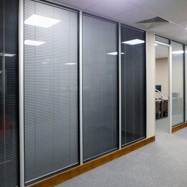 25mm solid slat partitioning blinds.