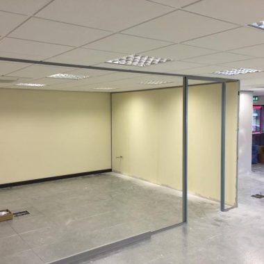Greyfriar framework to form spacious office areas.