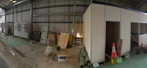 Free-standing warehouse partitions