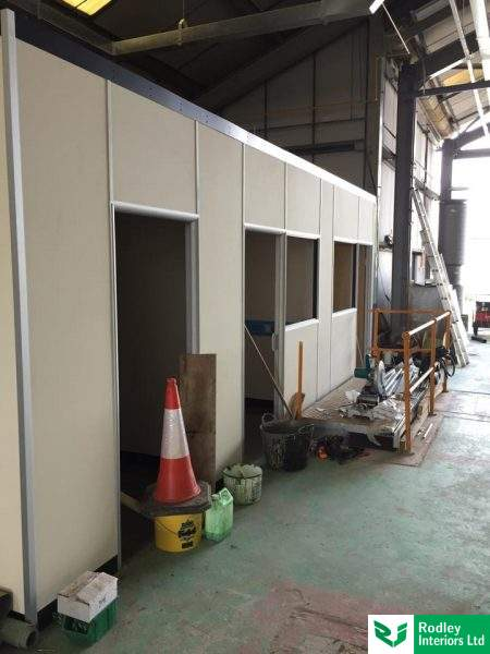 Free-standing partitioning