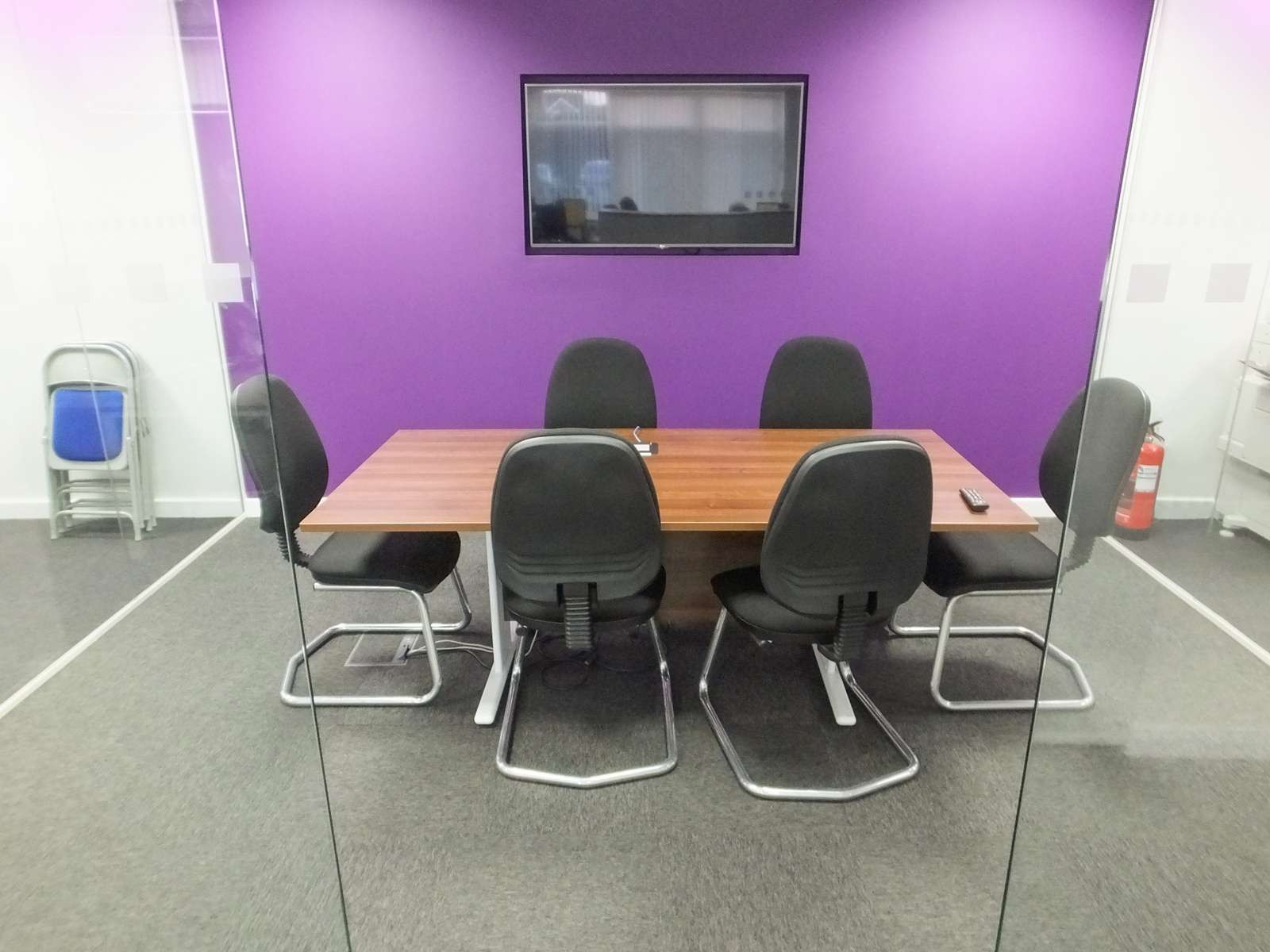 Office Refurbishment With Furniture
