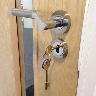 Office door handle and lock set