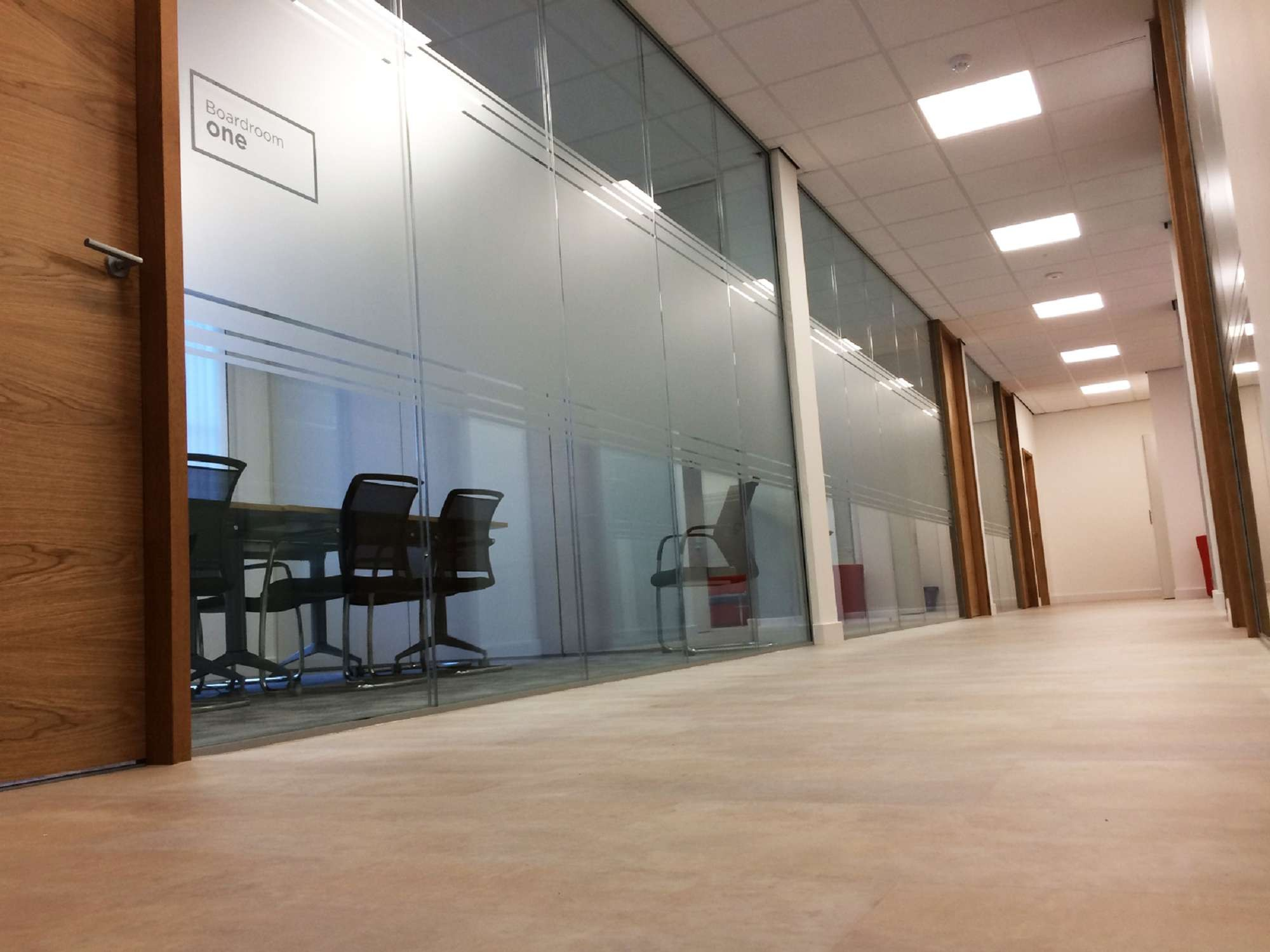 Glass partitioning