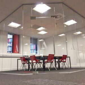 Frameless glass partitions