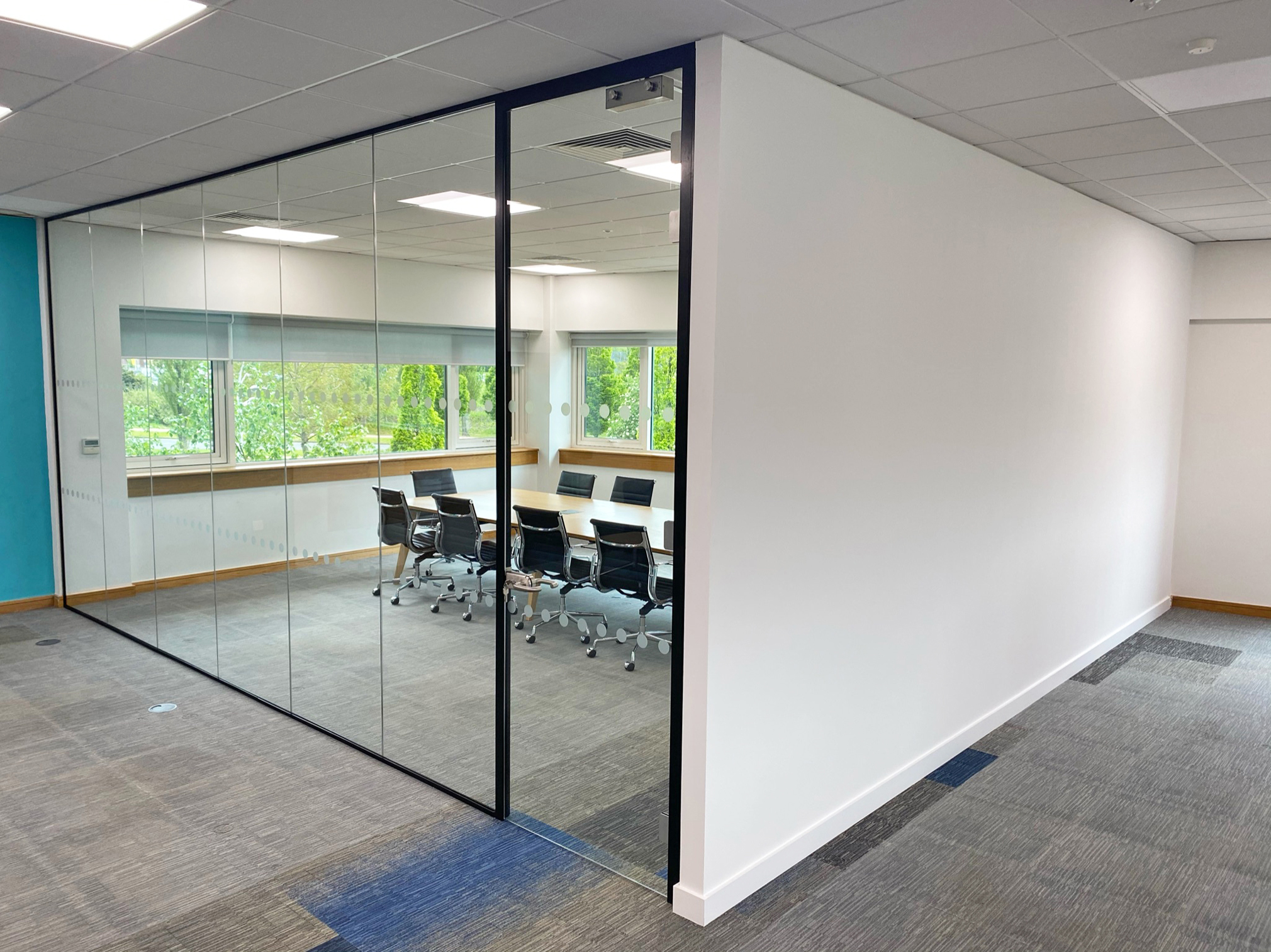Industrial frameless glass partitioning
